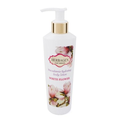 White Flower moisturizing body milk with macadamia oil