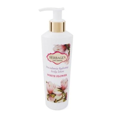 Rose moisturizing body milk with macadamia oil
