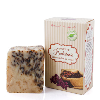 Vegetal soap with coffee and grape seeds