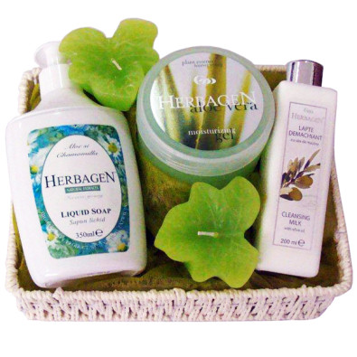 Fresh and Soft Gift Basket